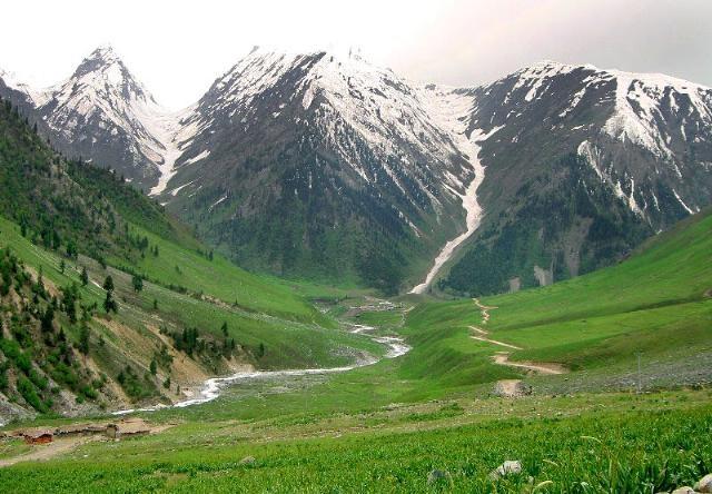 azad-kashmir-valley-tour-e1323328702169